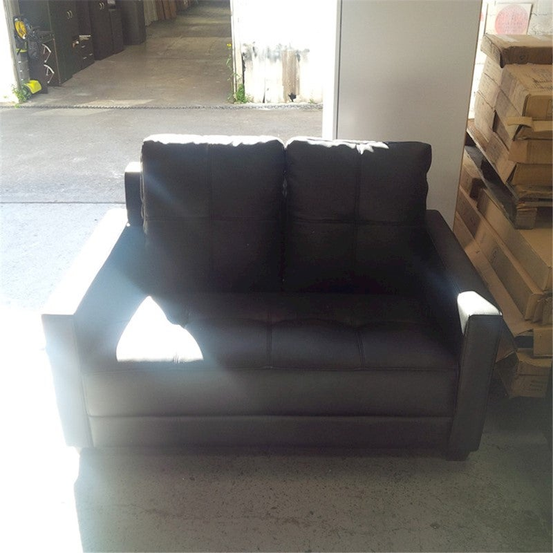 Comfortable Couche Cheap: Priceworth 2 Seater PU Leather Sofa
