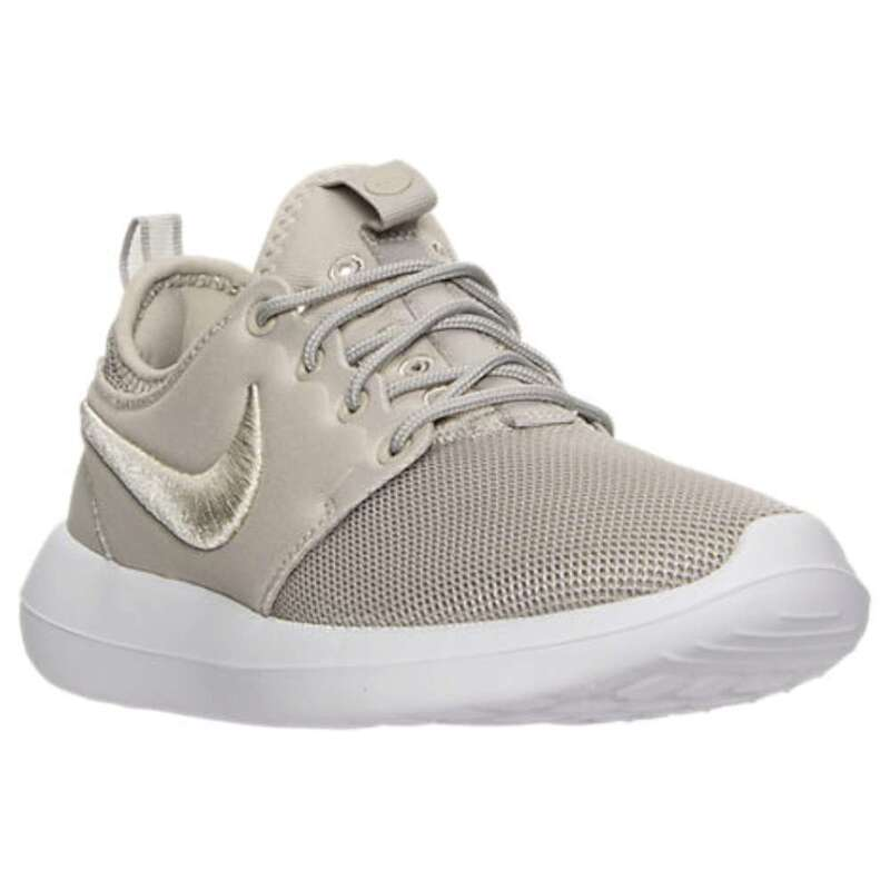 Nike Womens Roshe Two Br Low Top Lace Up Running Sneaker US